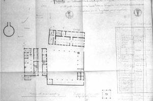 Pianta di azienda agricola con caseificio ad Enzola (Reggio) nel 1840. Il caseificio è in basso a destra, mentre il salatoio e il magazzino sono in alto a sinistra.(Archivio di Stato di Parma)