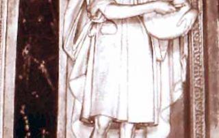 Puria - Valsolda (CO) – Diocesi di Milano - Chiesa dell'Assunta, statua in scagliola (1567 ca.) Nella cappella di Sant'Antonio San Lucio è rappresentato in una statua in scagliola posta sull'altare, stilisticamente riconducibile allo stesso autore di due altre, collocate sull'altare, raffiguranti Sant'Antonio e San Bernardo. San Lucio appare raffigurato in modo idealizzato, con volto ispirato ed ascetico e piglio aristocratico. Restano, tuttavia, i consueti attributi e l'abbigliamento tradizionale. Sia la statua che una raffigurazione pittorica presente a lato (> scheda successiva) risalgono all'epoca del rifacimento della chiesa ad opera del Pellegrini intorno al 1567, quando venne nominato architetto del Duomo di Milano. (P. Villa).