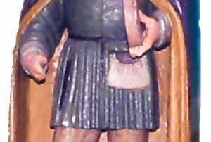 Statua lignea del XVII secolo raffigurante San Lucio: protettore dei casari, posta nell'Oratorio a lui intitolato in Val Cavargna, sorto sul luogo del martirio del Santo